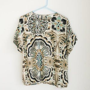 H & M Graphic Floral Print T Shirt Style Top
